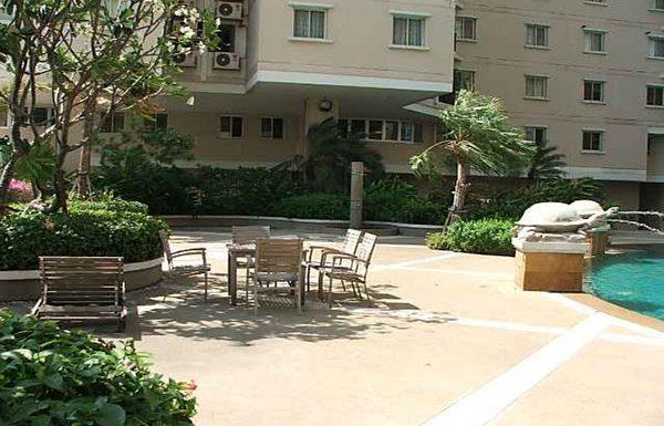 Belle-Park-Residence-Bangkok-condo-for-sale-swimming-pool-2
