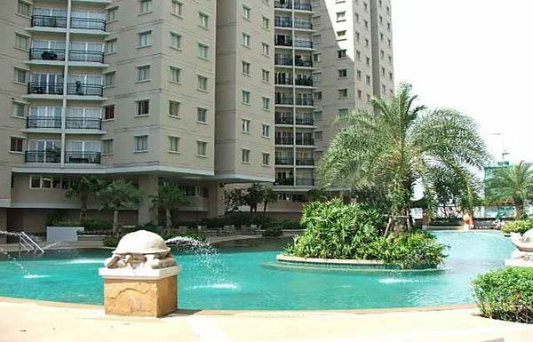Belle-Park-Residence-Bangkok-condo-for-sale-swimming-pool